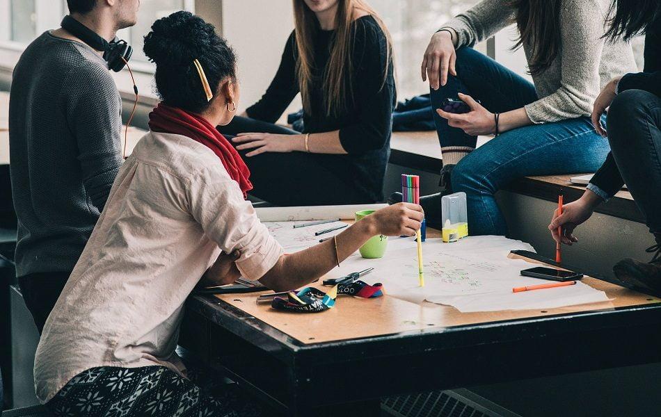 El Ivaj apuesta por la emancipación juvenil y el ocio educativo con el plan 'Xarxa Jove'