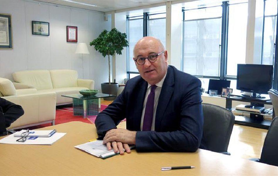 Imagen destacada AVA arremete contra el comisario Hogan por el tratado con Mercosur
