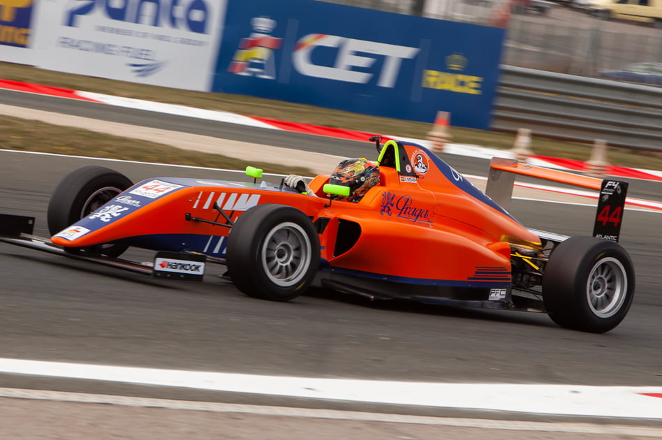 Imagen destacada El Circuit acoge este fin de semana pruebas de velocidad de Fórmula 4