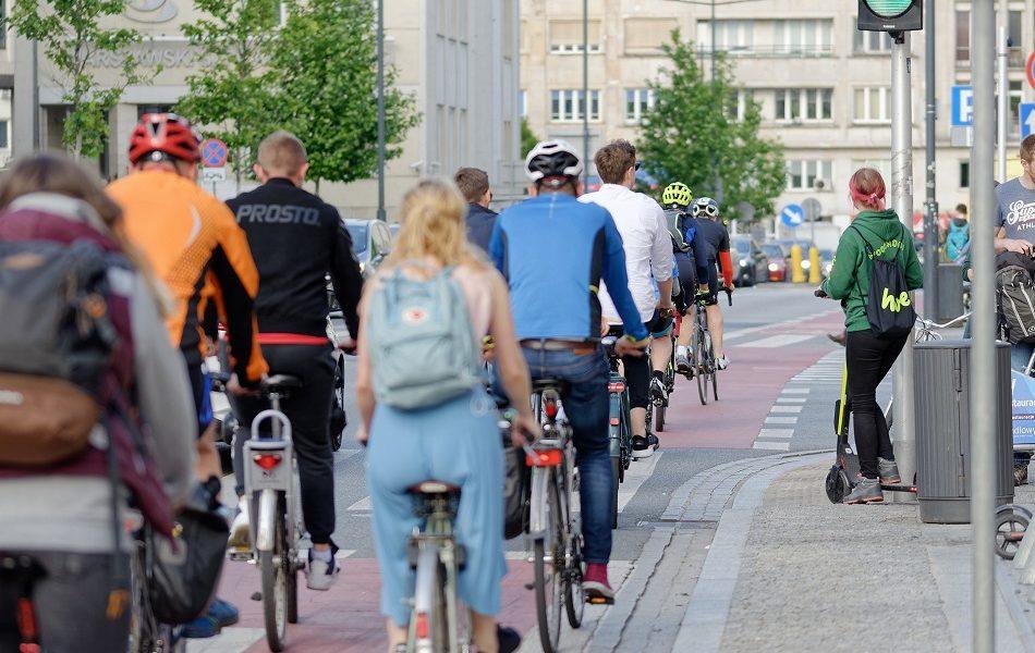 Las ayudas de 250 y 75€ a la compra de bicicletas y patinetes llegarán el 22 de junio