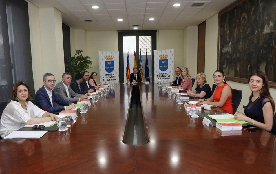 Imagen destacada El Consell aporta 400.000 euros a las Cámaras para fomentar el emprendimiento