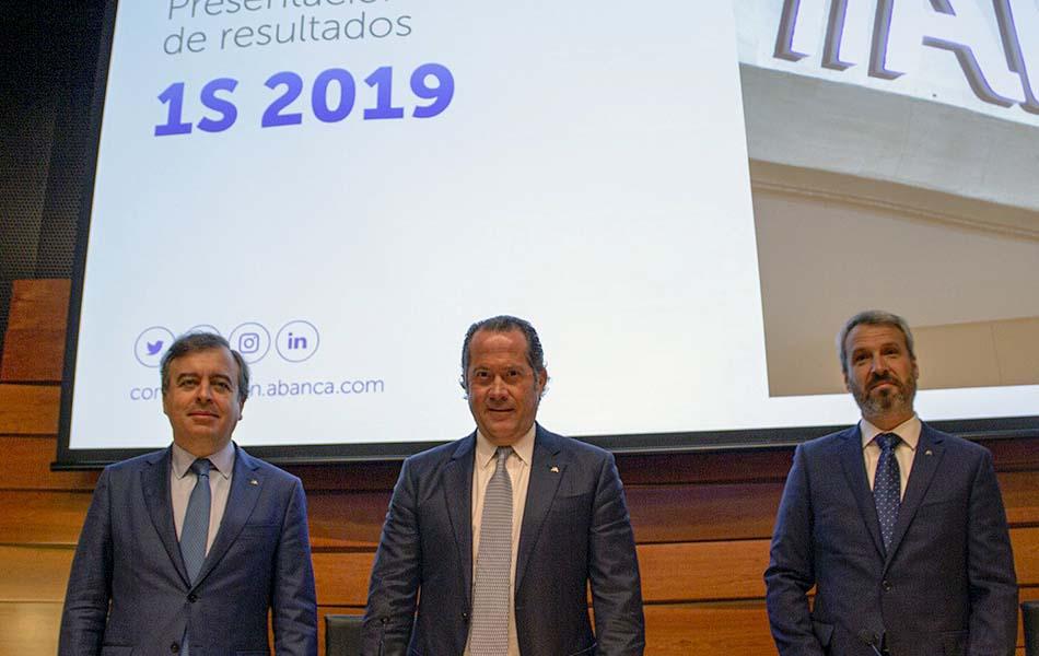 Imagen destacada Abanca gana 250 millones en el primer semestre, un 1,3 % más