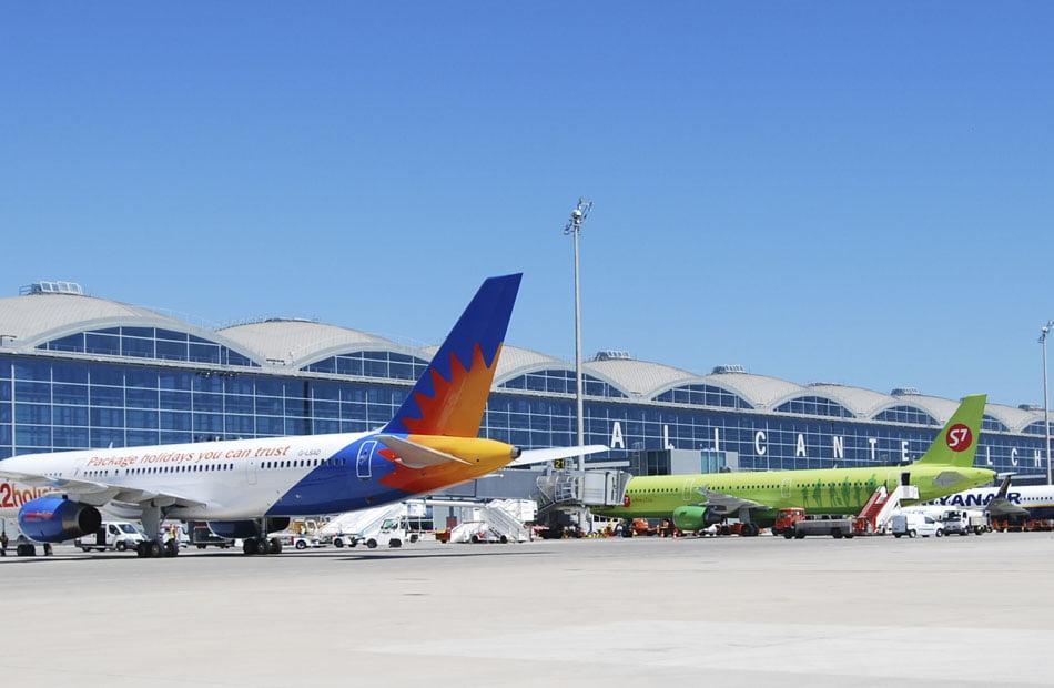 Imagen destacada Aumenta el tráfico en los aeropuertos Alicante-Elche y València
