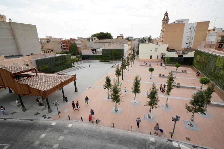 Mercadona regala una plaza al municipio de Tavernes Blanques