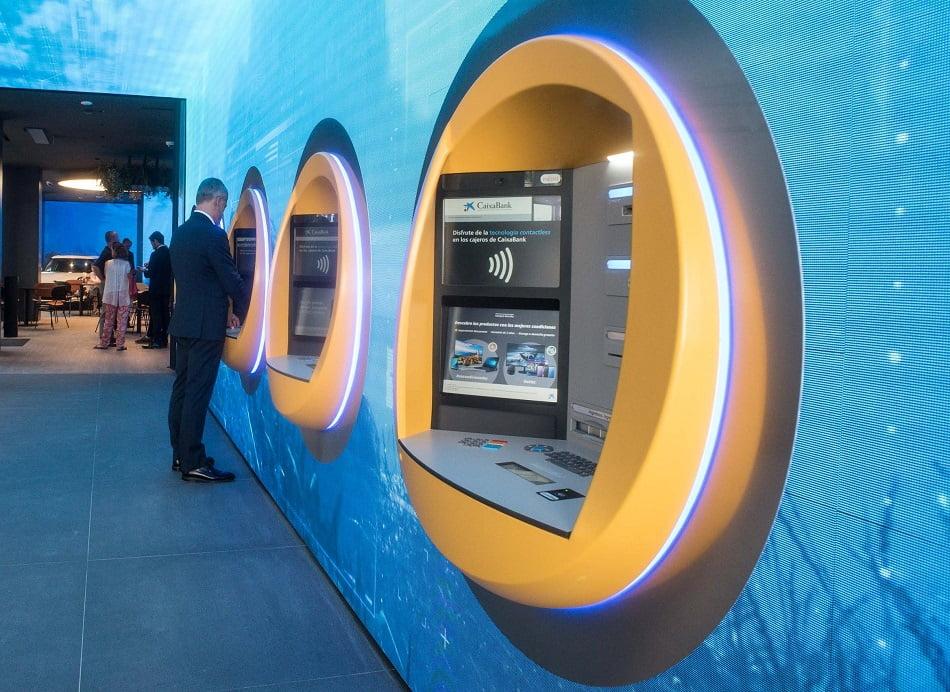 Imagen destacada CaixaBank obtiene un beneficio de 1.266 millones y alcanza los 6.201 millones de ingresos