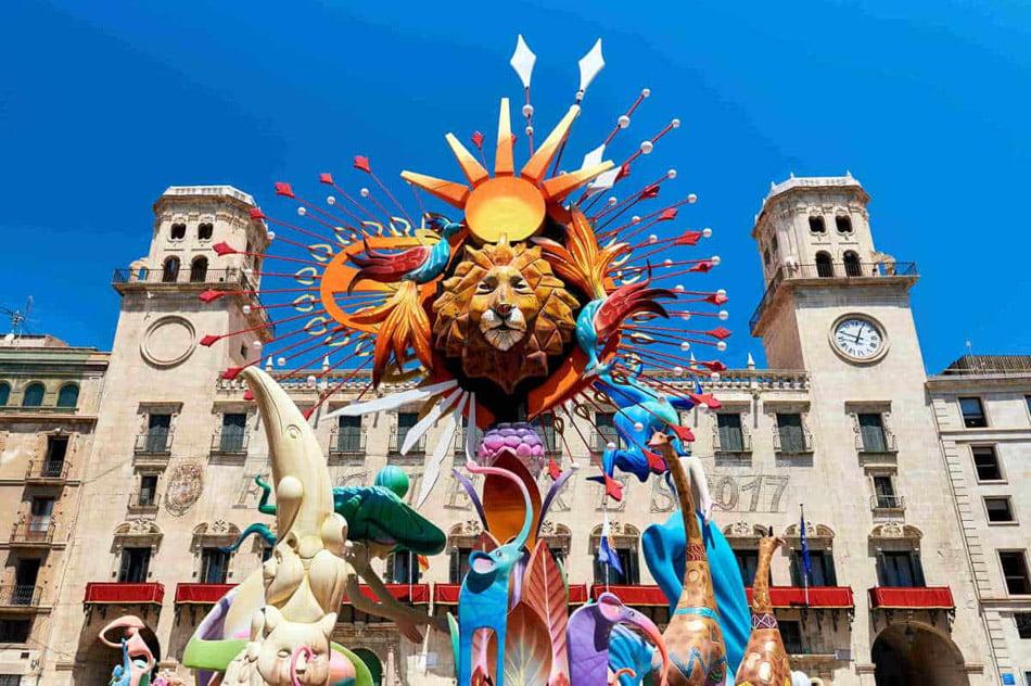 Calendario Laboral 2020 Comunidad Valenciana.San Juan Volvera A Ser Fiesta Autonomica En 2020