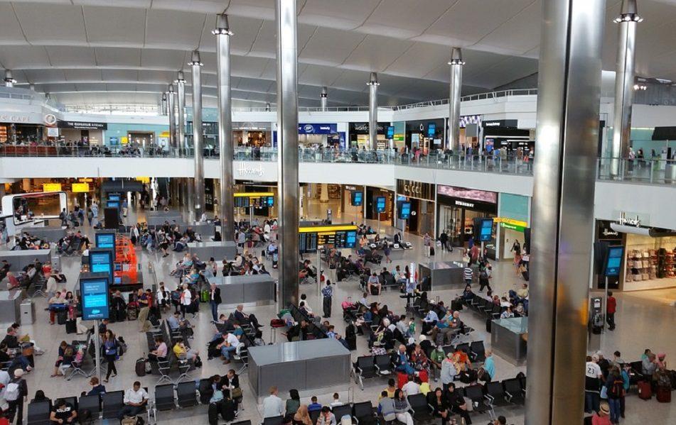 Imagen destacada Heathrow cancelará 172 vuelos entre el lunes y el martes debido a una huelga
