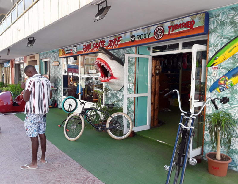 furia-kate-surf