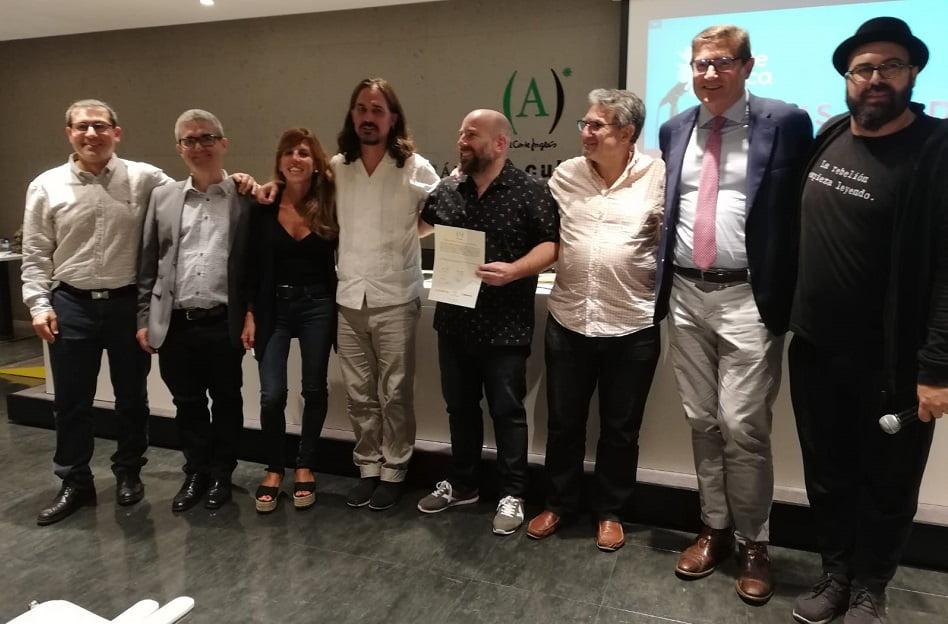 Imagen destacada El valenciano Jorge Ortiz Robla optará al Premio Nacional de Poesía Viva #LdeLírica