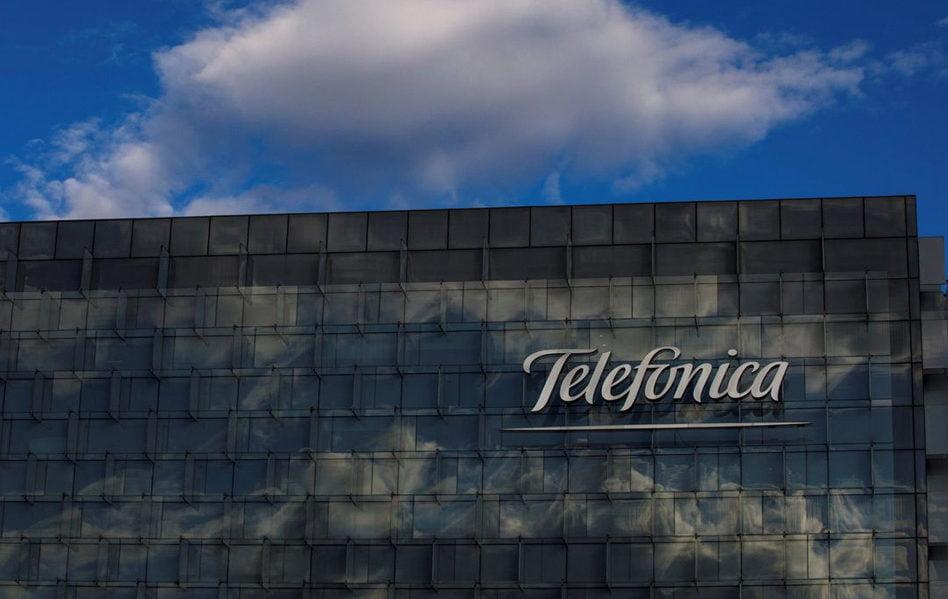 Imagen destacada ¿Remontarán el vuelo bursátil las telecos en 2020?
