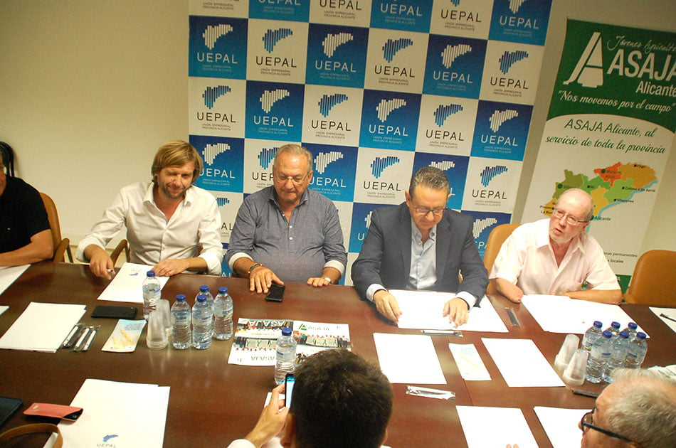 Uepal se suma a la CEV en su reivindicación de la Vega Baja como zona catastrófica