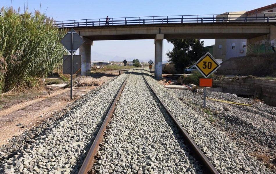 Adif invierte 20 millones en instalaciones de seguridad de la línea Silla-Cullera-Gandia