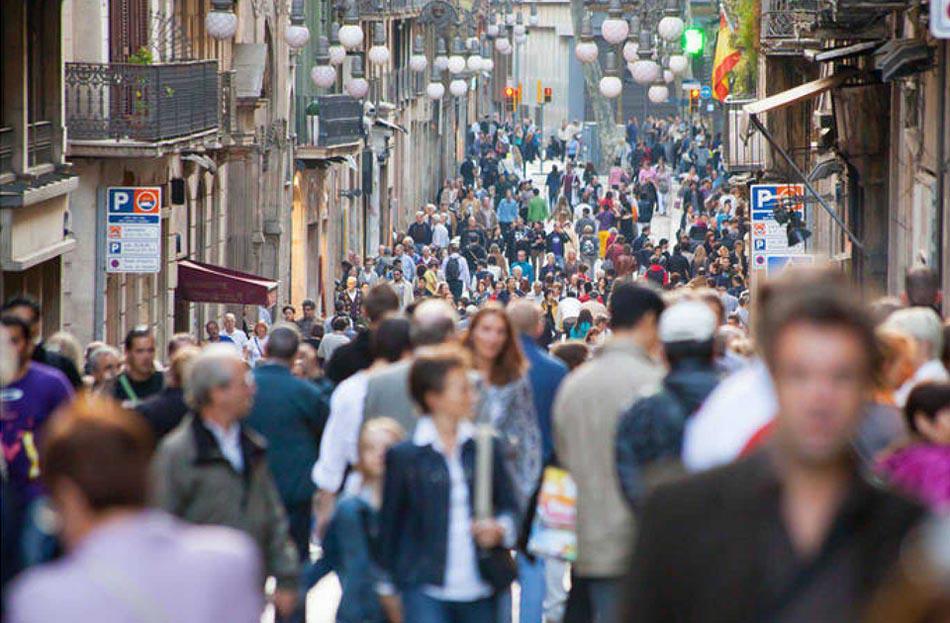 Imagen destacada Los extranjeros mantienen la leve recuperación de la población en España