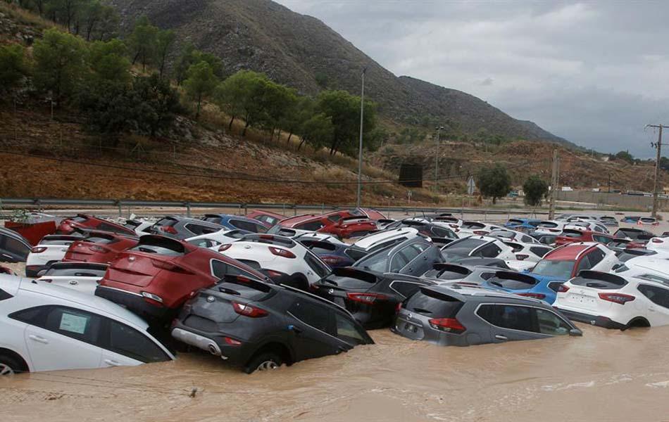Imagen destacada La alerta roja se mantiene este viernes en parte de las provincias de Alicante y Valencia