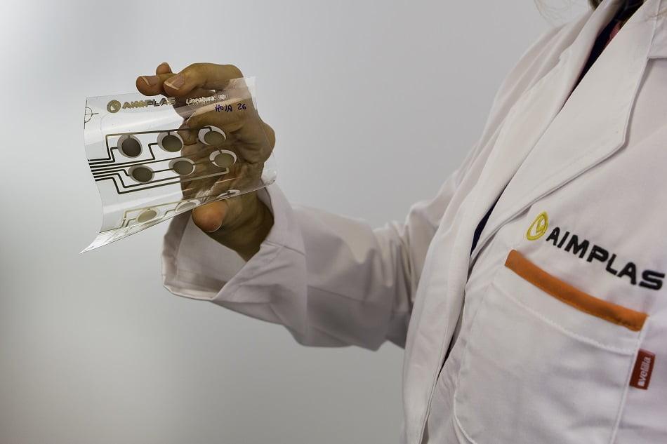 Imagen destacada Aimplas busca plásticos conductores para transporte sostenible con Flexotrónica