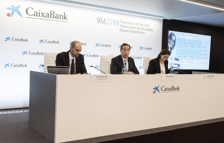 Imagen destacada CaixaBank ve posible alcanzar su Plan Estratégico y acelera sus oficinas 'store'