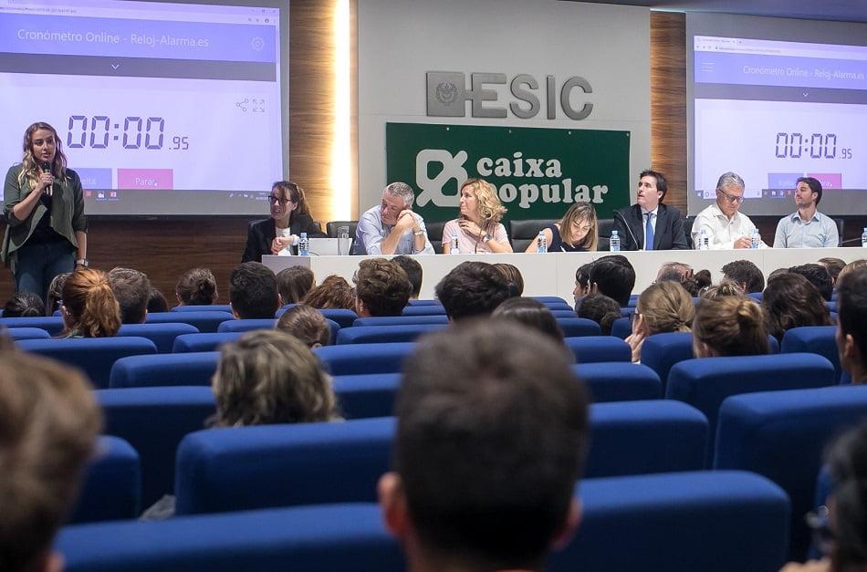 Imagen destacada 600 alumnos participaron en el Hackathon Case de ESIC y Caixa Popular