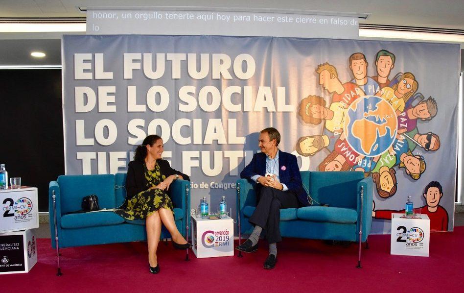 Zapatero pide cambiar la Constitución para reforzar derecho de los discapacitados