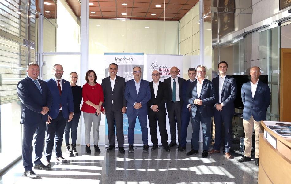Imagen destacada Las 'medianas' empresas valencianas miran la desaceleración por el retrovisor