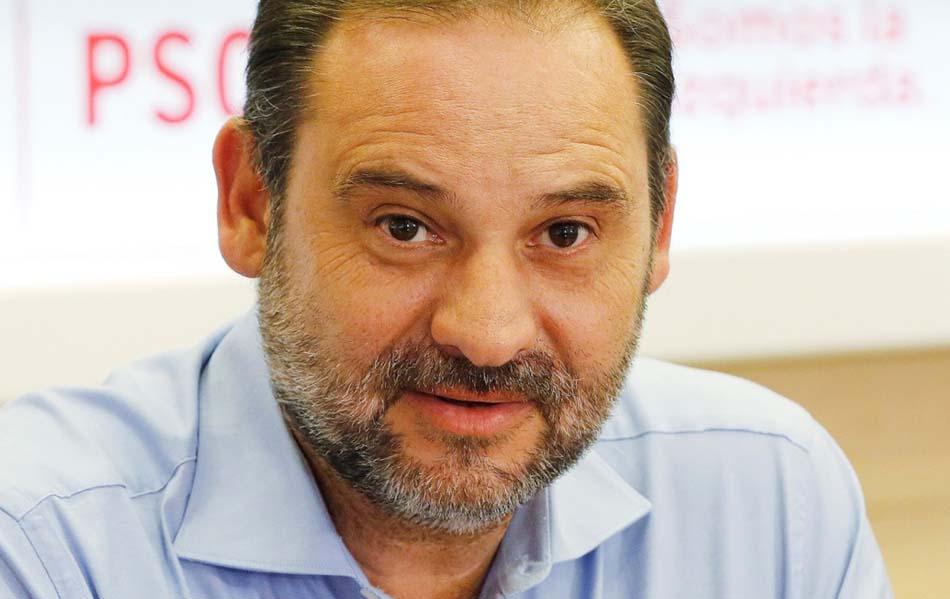 Imagen destacada Ábalos apuesta por combatir el 'enfriamiento económico' con inversiones y reformas
