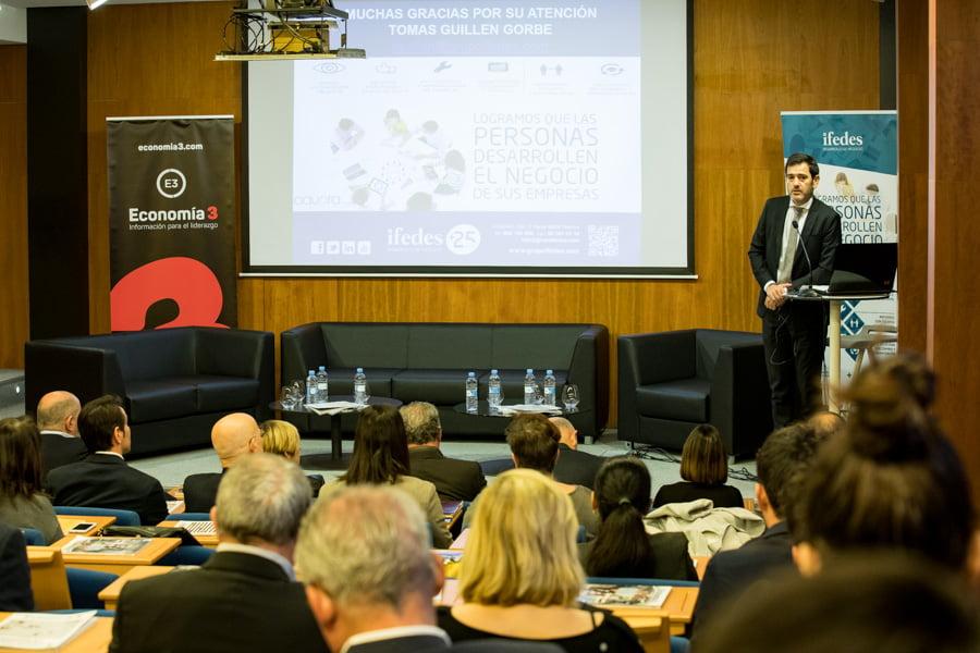 La velocidad del cambio, principal factor de riesgo empresarial en el entorno VUCA