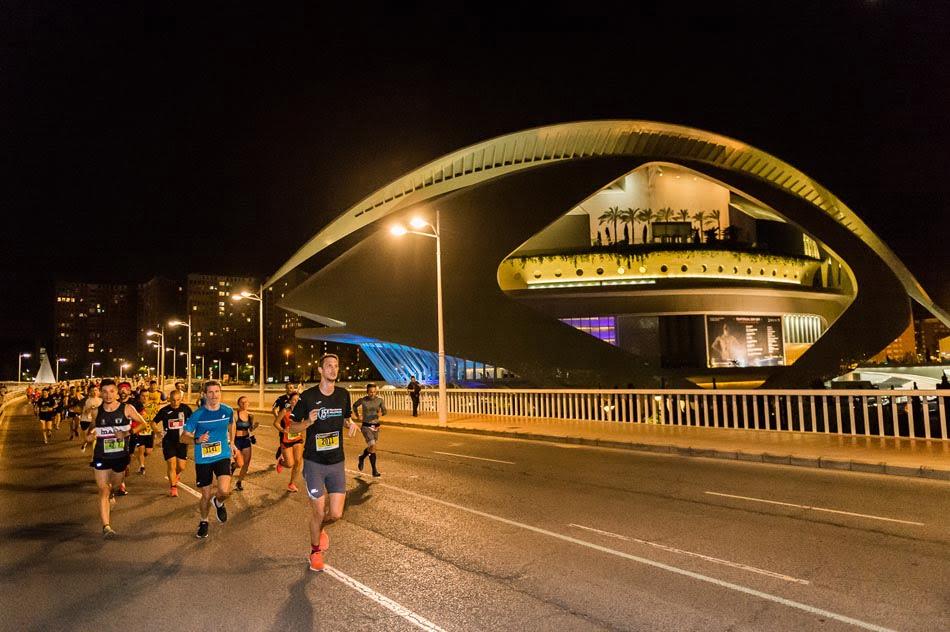 Imagen destacada A la venta los dorsales para la 15K Nocturna València Banco Mediolanum
