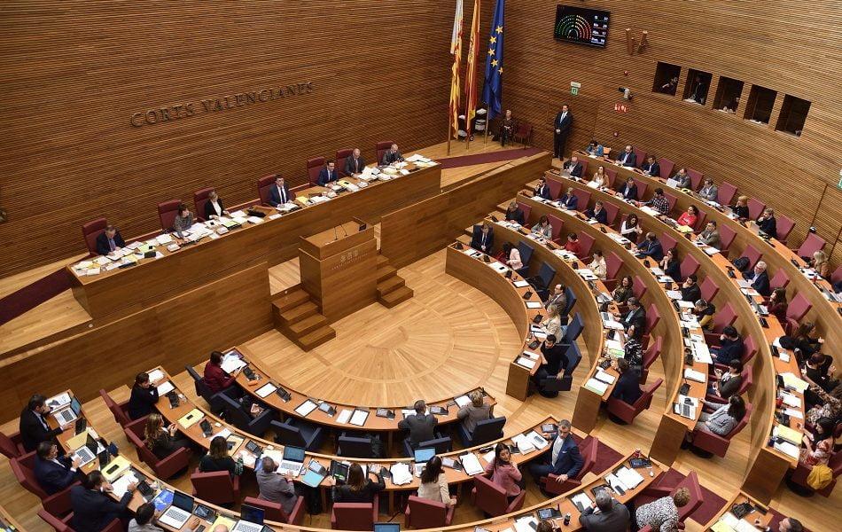 Imagen destacada El Botànic vuelve a plantear una reforma de la ley que baje la barrera electoral del 5 al 3%