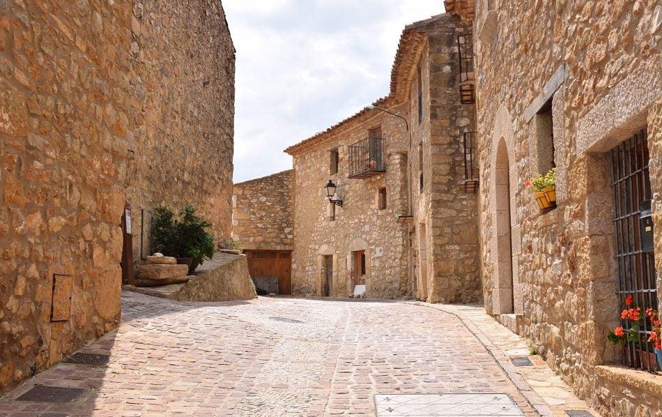 Imagen destacada La UJI y la Diputación de Castellón fomentarán las prácticas en el entorno rural