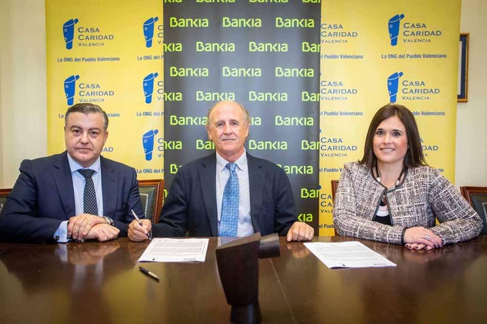 Casa Caridad aumenta las raciones de alimentos con el apoyo de Bankia