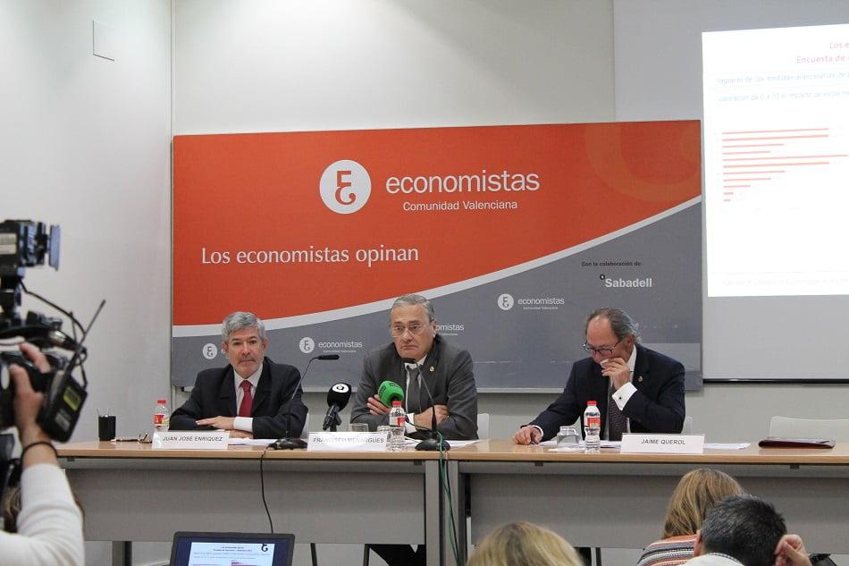 Los economistas son pesimistas y prevén perspectivas preocupantes en seis meses
