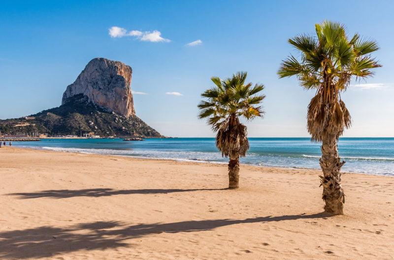 Un catálogo de playas de la Comunitat y una app nos ayudarán a decidir a cuál ir