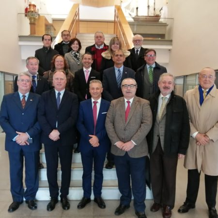 quince-consules-se-interesan-por-la-actividad-realizada-en-portcastello