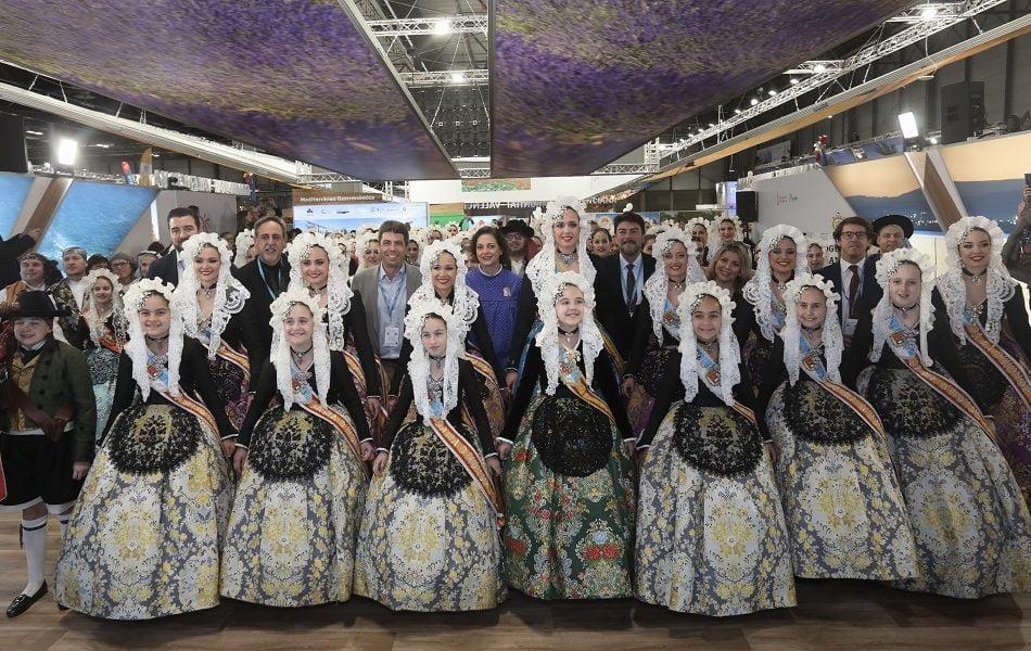 Imagen destacada Les Fogueres de Sant Joan embajadoras de las fiestas de la provincia de Alicante