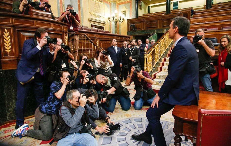 Pedro Sánchez presidirá el primer gobierno de coalición de la democracia en España