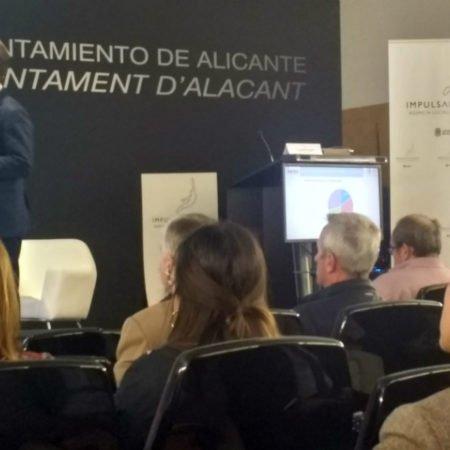 """Andrés Antón, presidente de AEBA, en el foro """"Alicante, territorio biotech""""."""