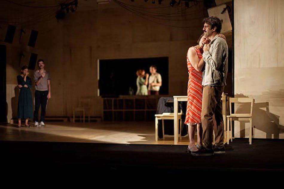Imagen destacada Teatre Principal de Castelló presenta 'Las canciones' sobre textos de Chéjov