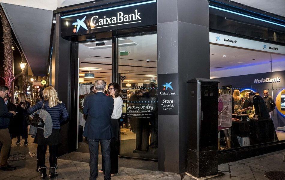 Imagen destacada CaixaBank abre en Torrevieja una oficina del nuevo modelo Store