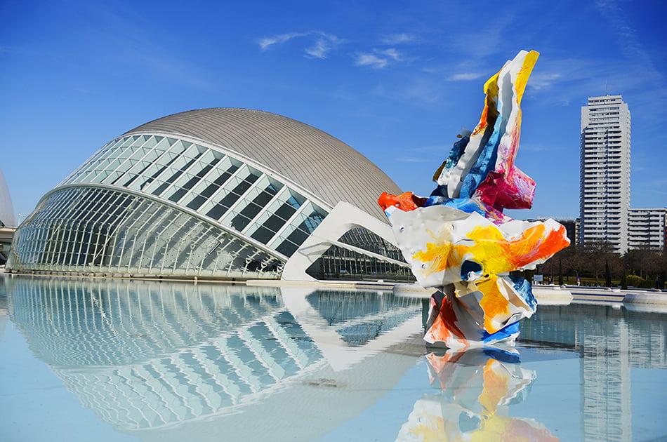 La Ciutat de les Arts propone recorrer online el Paseo del Arte del Umbracle