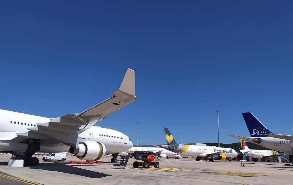 Aerocas firma un acuerdo de 10 años para el estacionamiento y desmontaje de aviones