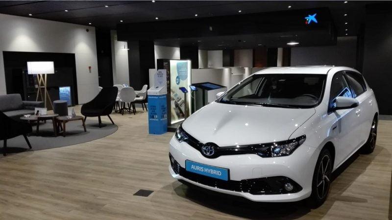 CaixaBank y Arval prevén comercializar alrededor de 150.000 vehículos hasta 2025