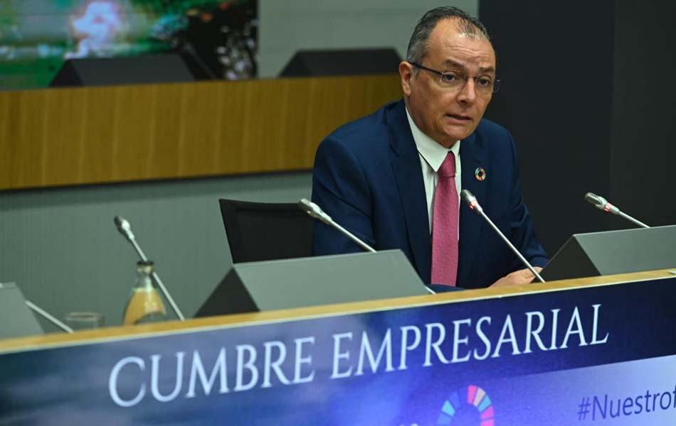 Imagen destacada La CEV pide mantener políticas económicas y adoptar otras fiscales y sectoriales