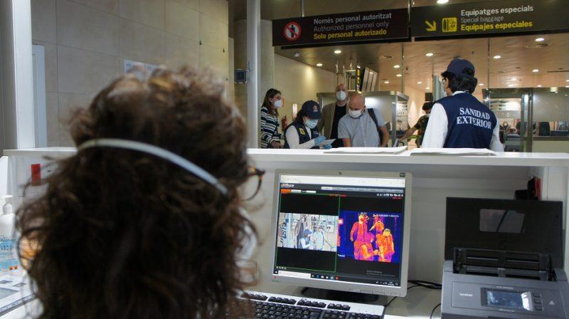 Los aeropuertos de la Comunitat, cámaras termográficas y el 6,7% de vuelos precrisis
