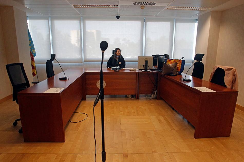 Justicia crea un juzgado mercantil y amplía los de familia en Alicante por la Covid-19
