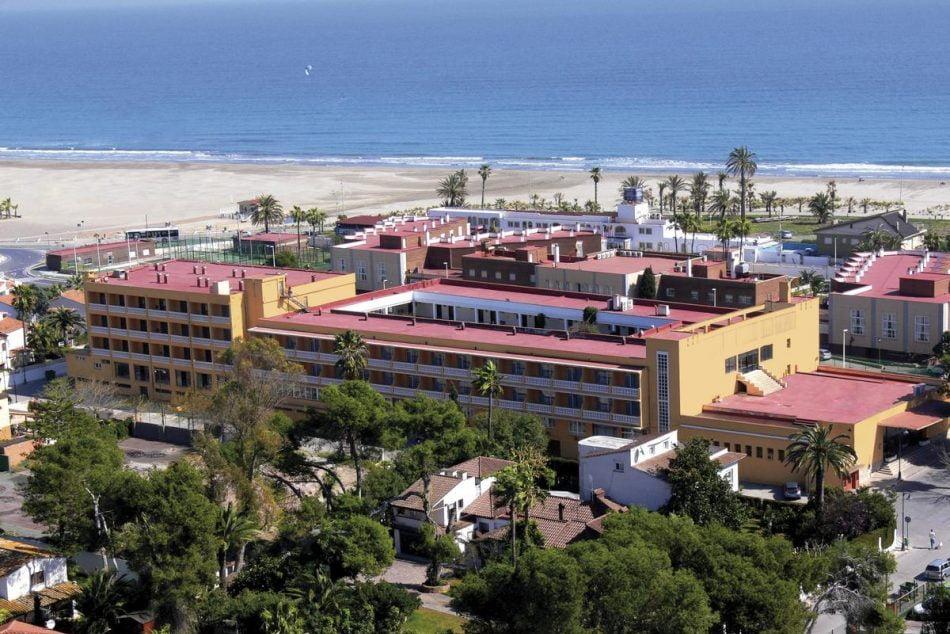 Imagen destacada La provincia de Castellón oferta este verano 12.294 plazas y sólo abre 114 hoteles