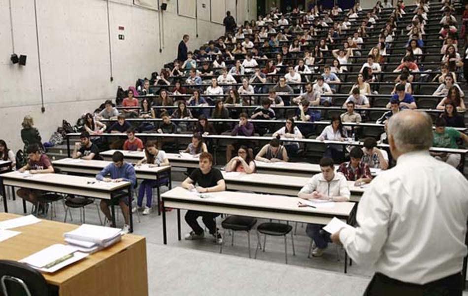 Imagen destacada Alrededor de 13.000 estudiantes en la CV buscan empleo, el mayor incremento del país