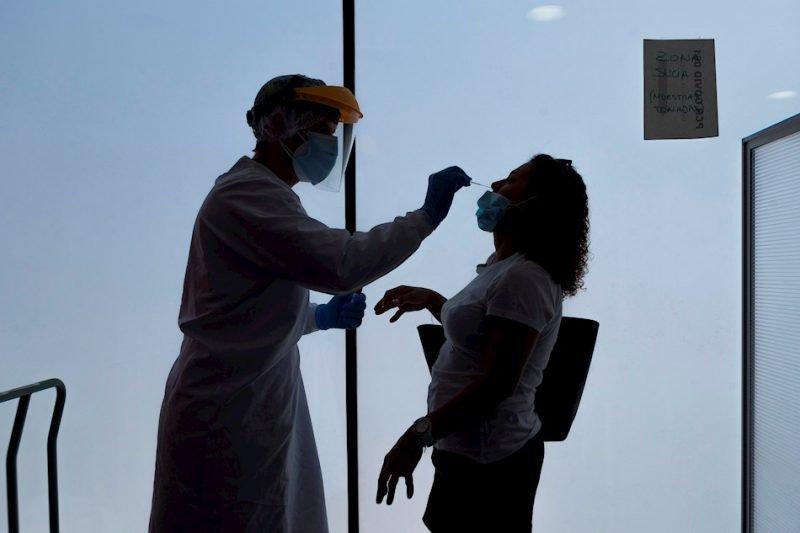 La Comunitat supera los 3.000 muertos por covid, con récord de hospitalizados