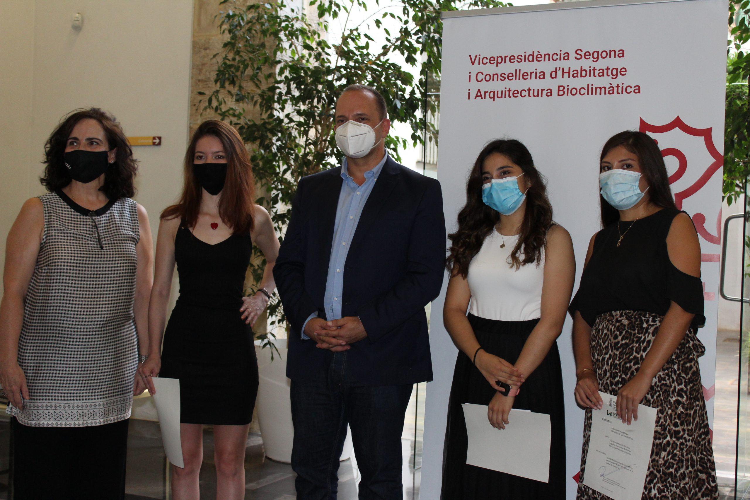 Alumnas de la UPV ganan un premio de Vivienda de rehabilitación eficiente