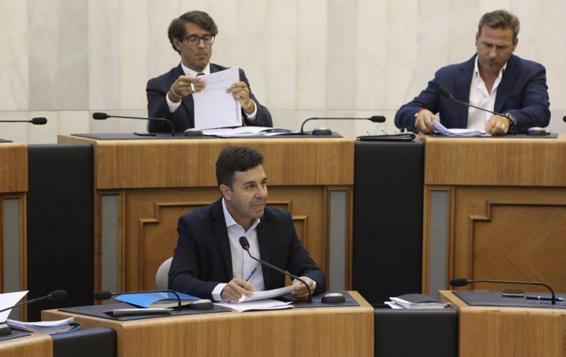 La Diputación destina 2,7 millones para dotar a los municipios de vehículos eléctricos