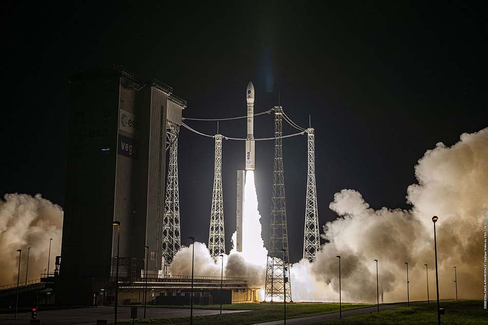 Imagen destacada El satélite UPMSat-2 en órbita y operativo, con tecnología de EMXYS