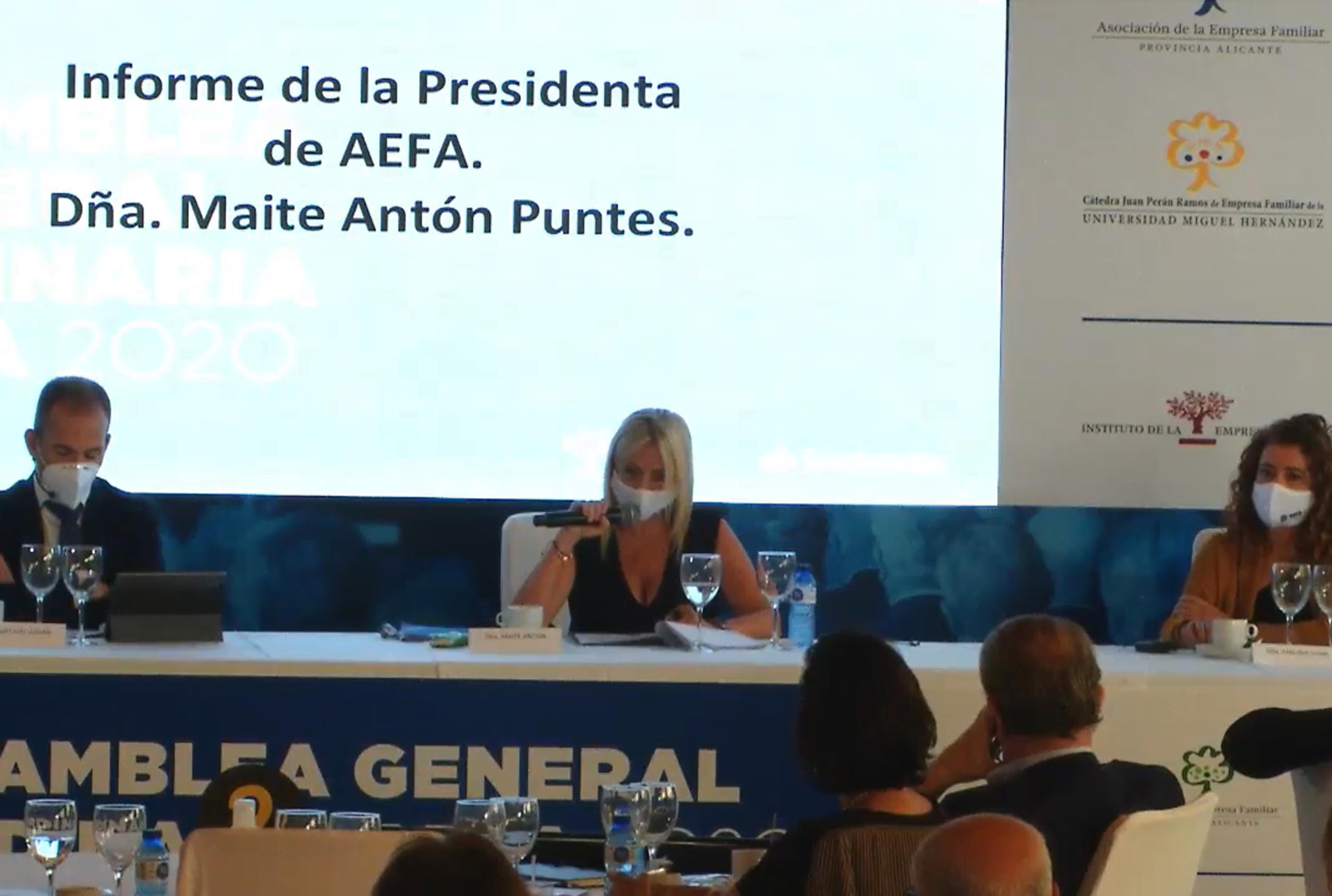 """AEFA pide eliminar la """"excesiva fiscalidad"""" a empresas familiares para mejorar economía"""